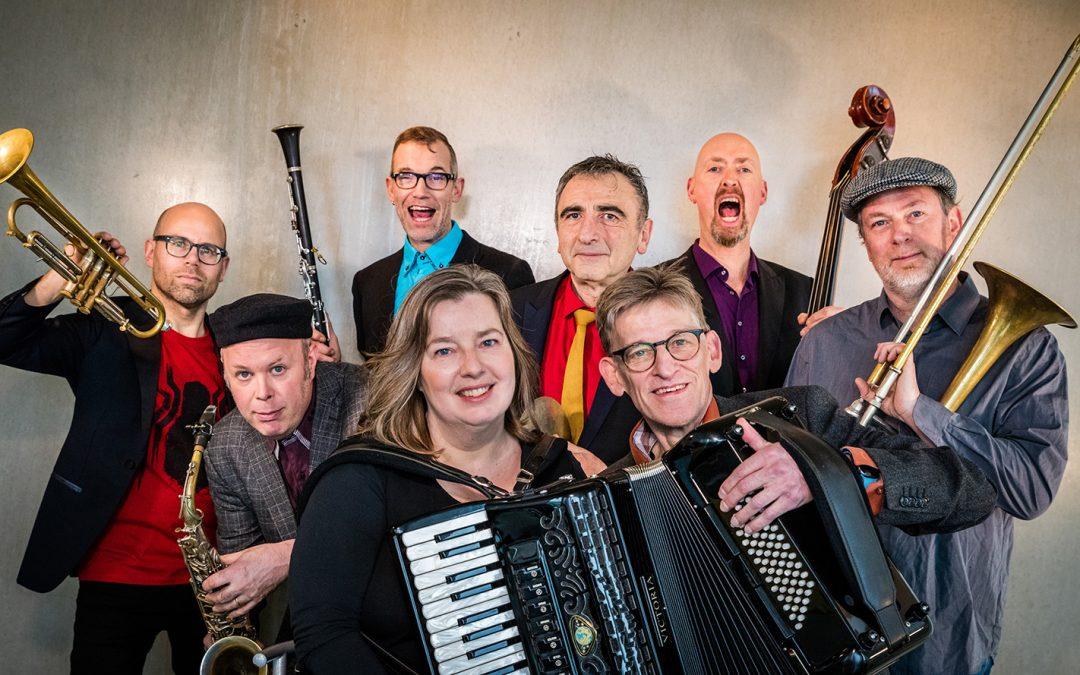 Amsterdam Klezmer Band | Estrado